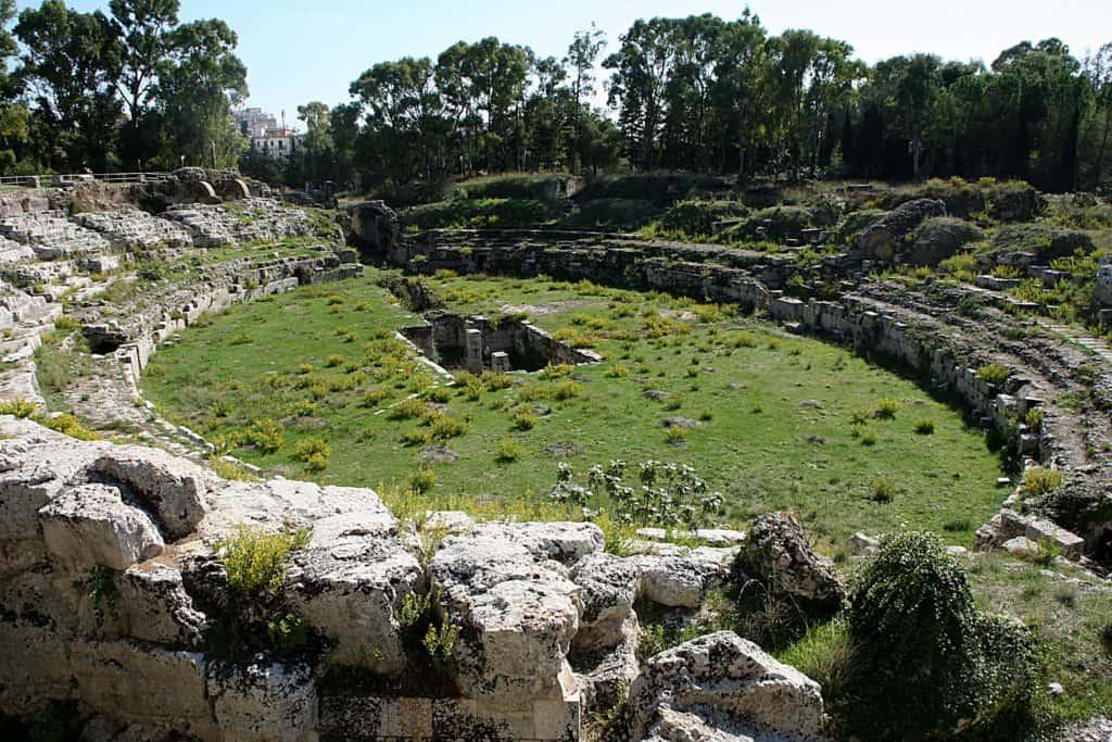 Syrakuzy - Amfiteatr Rzymski.