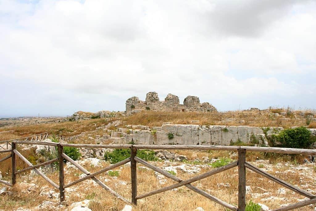Syrakuzy - Castello Eurialo.