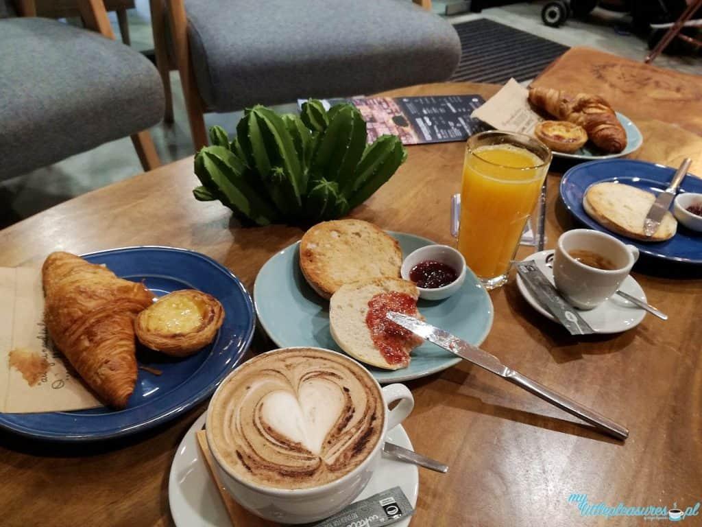 Co i gdzie zjeść w Porto - śniadanie.