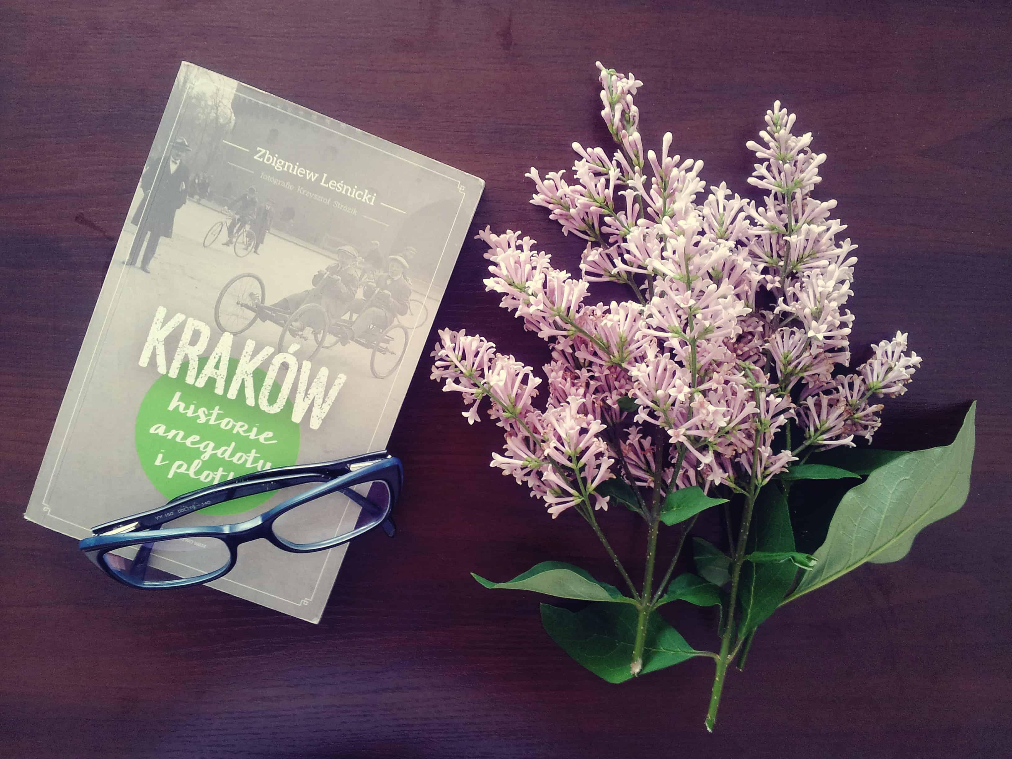 """#2 Książka do kawy – """"Kraków. Historie, anegdoty i plotki"""""""