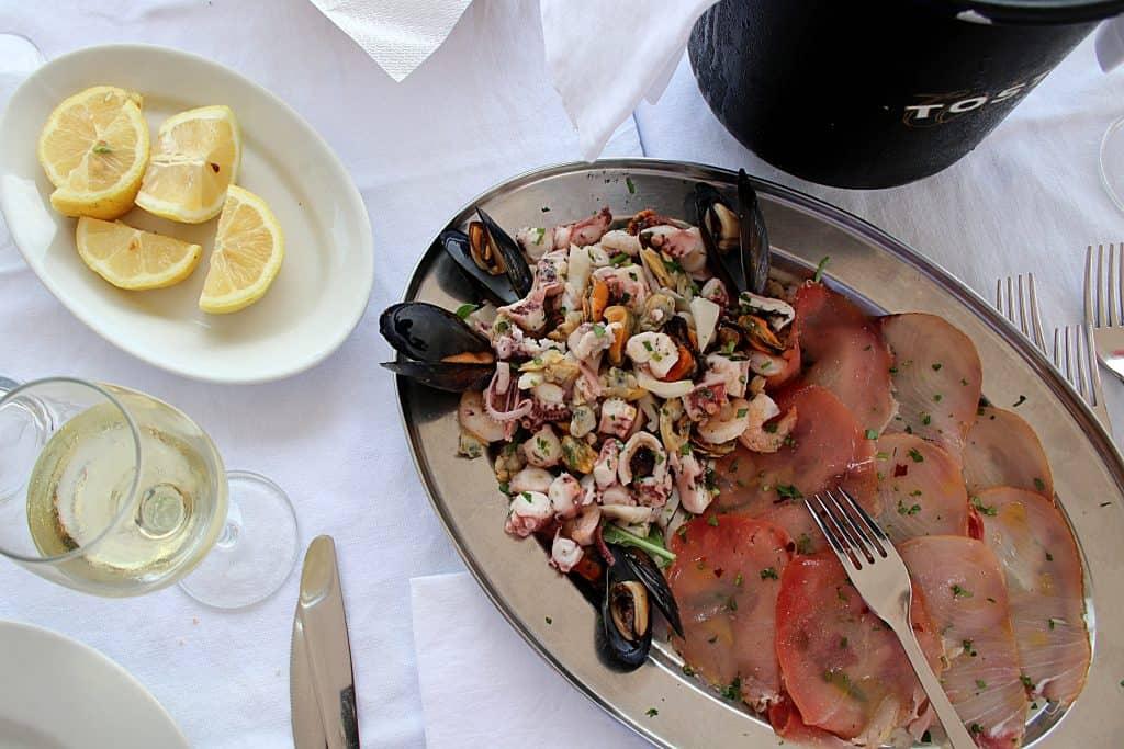 Co zjeść na Sycylii - ryby i owoce morza.
