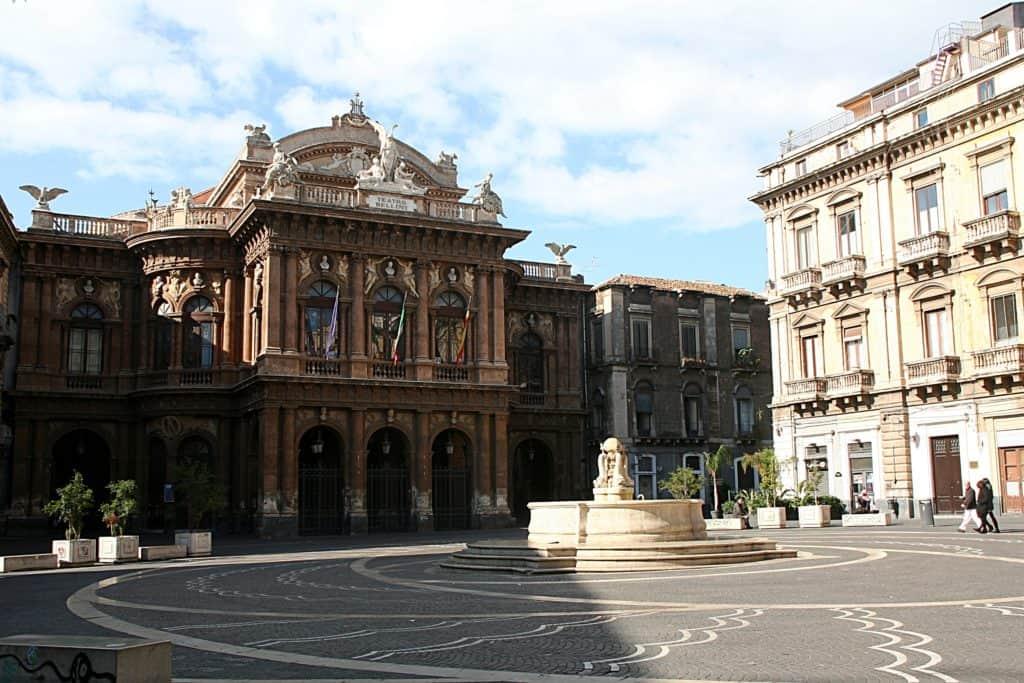 Katania - co zobaczyć - Teatro Bellini.