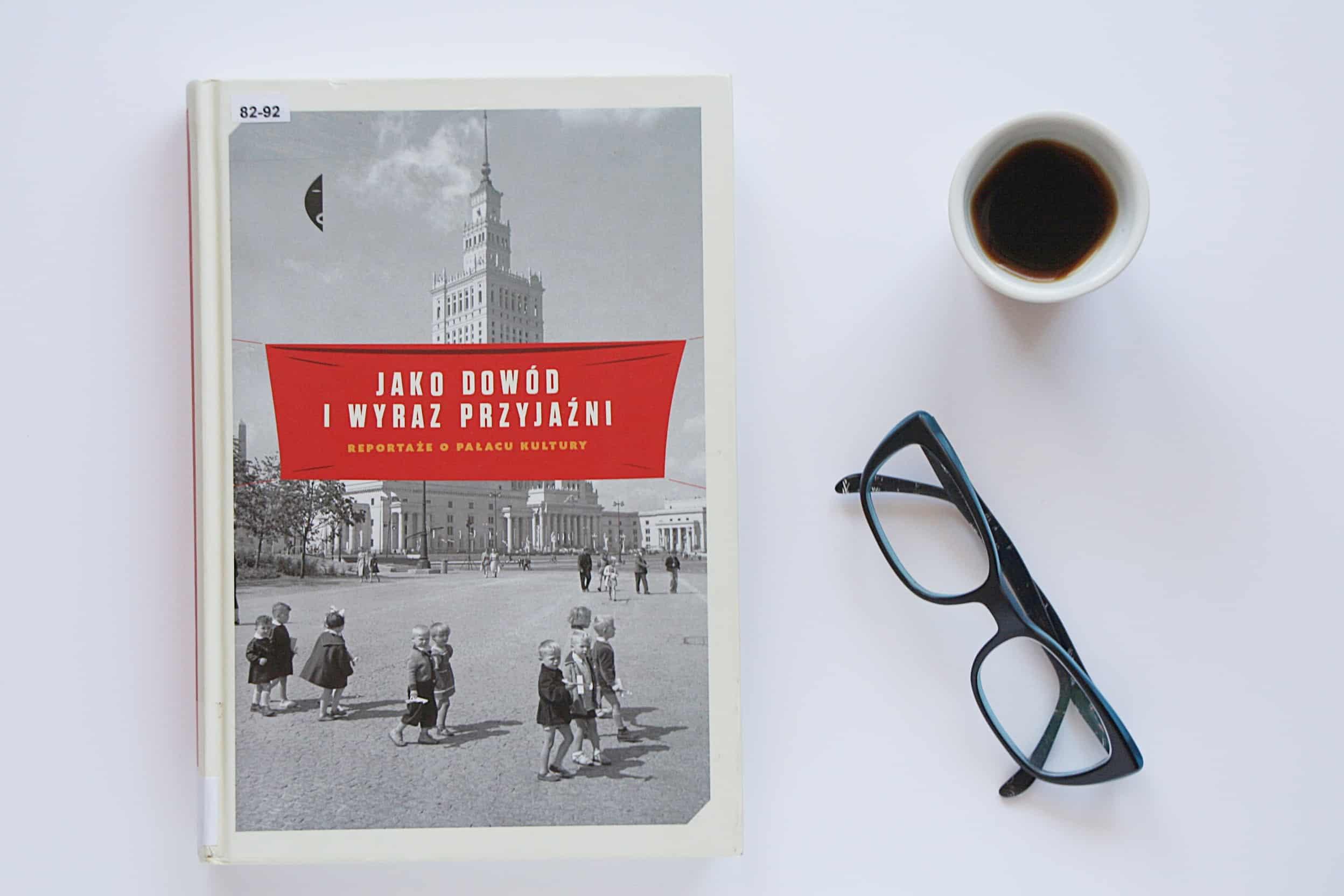 """#24 Książka do kawy – """"Jako dowód i wyraz przyjaźni"""""""