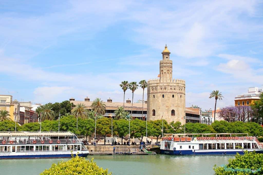Torre del Oro w Sewilli.