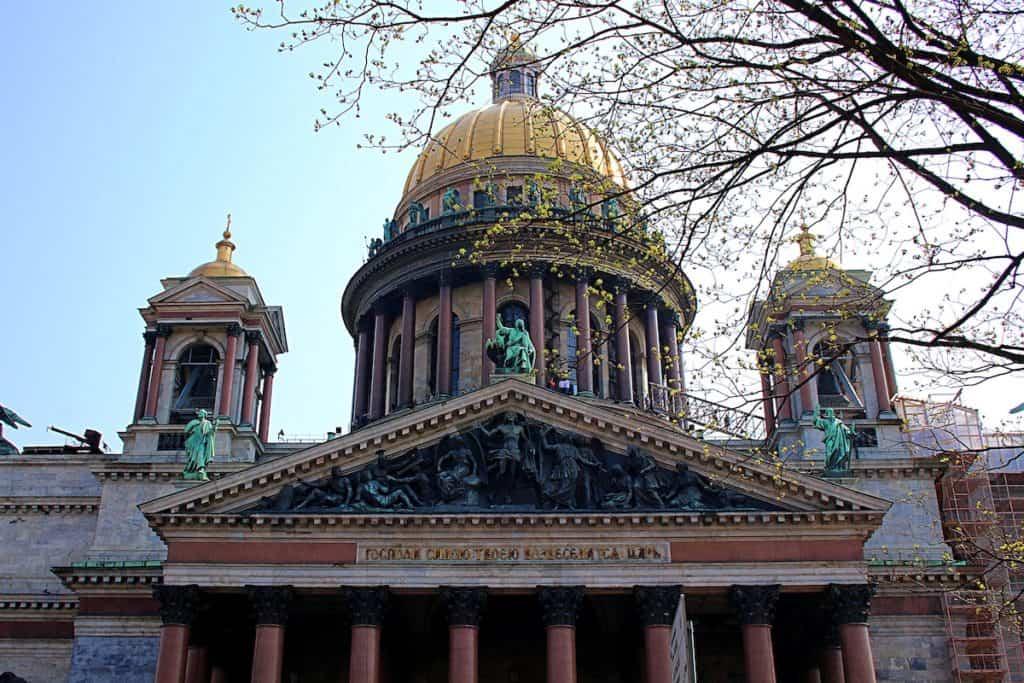 Sobór św. Izaaka w Petersburgu.